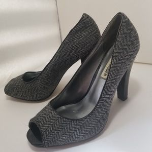 Steve Madden P-nick peep toe tweed heels